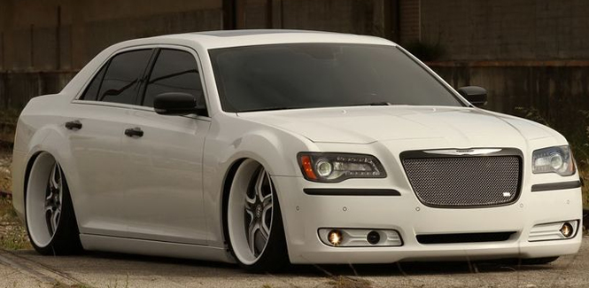 Chrysler 300C Auto Accessories